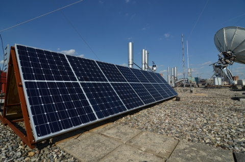 Everitt solar array